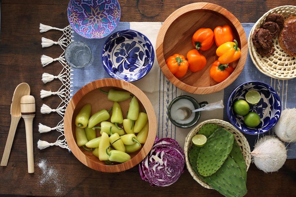 Wooden-salad-bowls